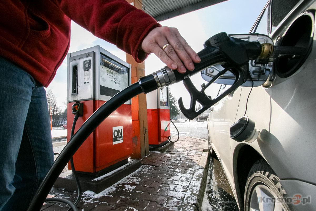 bf4a9102fe8096 Porównaliśmy ceny paliw. Zobacz, gdzie najtaniej